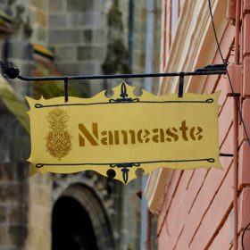 Nameaste.com scene sign
